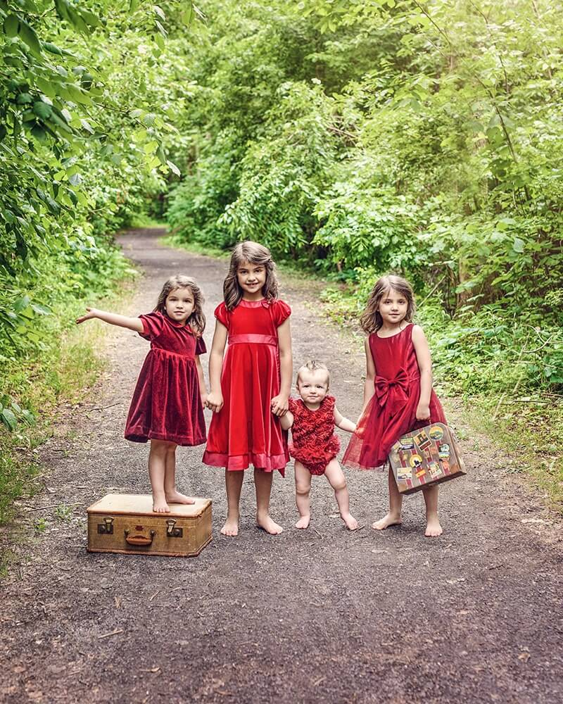 Photographe professionnel de portraits enfants et ados dans la forêt